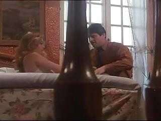 Italian Pornstars Retro video: Moana Pozzi - Italian vintage