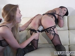 Femdom Tattoos Lesbian video: Fetish lesbian Leigh Raven gets out of her cage