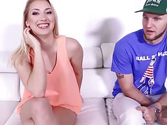 Hussie Auditions: Hot Blonde Sierra Nicole pierwsza scena seksu