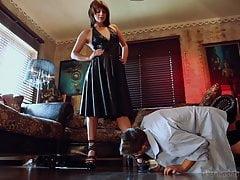 Lattice mistress piedi a spillo adorazione e hard fuckon duro