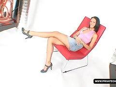 La signora Sharm Casting scopa per la prima volta sulla macchina fotografica