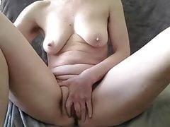 schlaffe Titten harte Nips große Lippen reifen