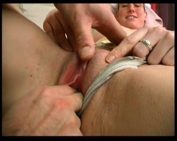 Порно женская мастурбация скрытой камерой