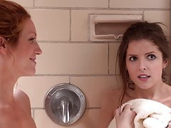 Anna Kendrick, Brittany Snow - ''pitch Perfect''