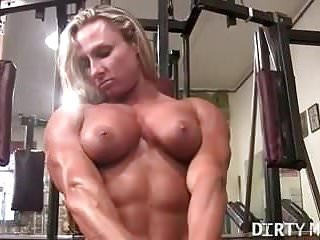 Bodybuilder Muscular Women Big Clits video: Ripped Female Bodybuilder Shows Off Her Muscles and Big Clit