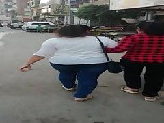 Zwei ägyptische Big Ass Girls