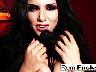 Brunette Big Tits Hd Videos video: Romi the busty vampire