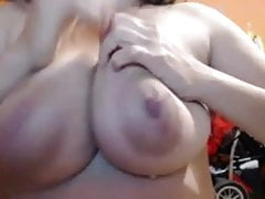 sexy milf huge tits squirt milk from nipples