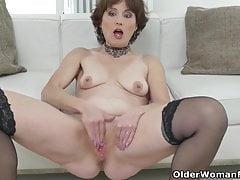 Eine ältere Frau macht Spaß Teil 39