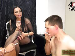 DEUTSCHES BDSM TEEN CASTING