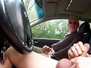 Voyeur Blowjob Outdoor video: Sex an der BAB - Rasten und entspannen