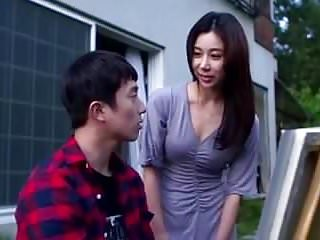 Korean Mom Friend video: Mom Friend 2