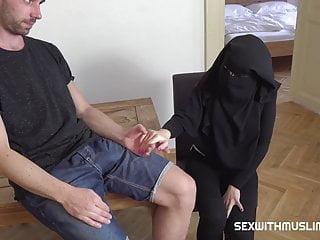 Hardcore Arab Czech video: Mila Fox is watching porn secretly