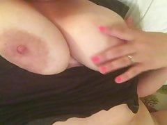 Turning My Spouse On Finger-banging & Frolicking With My Moist Pussy