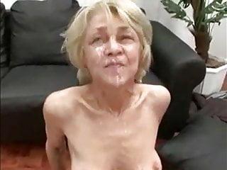 German Pov Blonde video: All around reife Rita