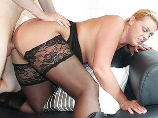 German Blondes Bbw video: REIFE SWINGER - Hard sex with mature German amateur couple