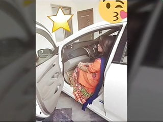 Asian Softcore Teen video: Pakistani Pindi girl Anum Shehzadi nude strip video Scandal