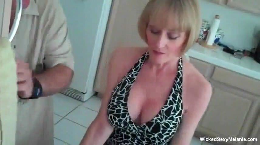 Групповое порно трансов онлайн