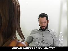 SheWillCheat - Ella Knox la salope aux gros seins baise son nouveau patron