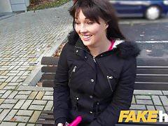 Female Agent Busty agentes brinquedos obter modelo molhado e com tesão