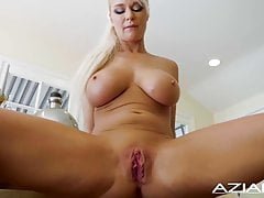 BLONDE BABE LONDÝN RIVER DILDOS JEHO SHAVED PUSSY