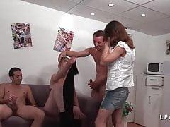 Casting Cindy preso in doppia penetrazione e finito in orgia