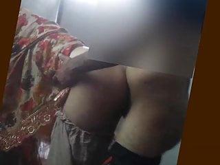 Big Tits Big Ass Pakistani video: Uy mere real dost ki wife ha Pakistani