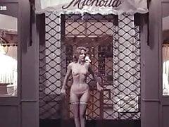 Lisa Gastoni nuda di Scandalo - con Andrea Ferreol