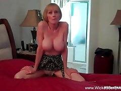Double Cock Fantasy Dalla nonnina