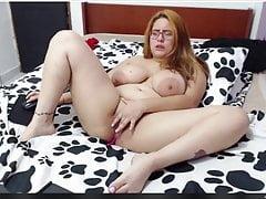 Große Titten Mama