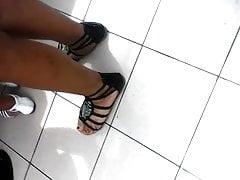 offen hübsche indische oder latina Füße