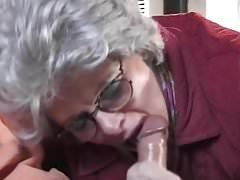 Pomocna babcia