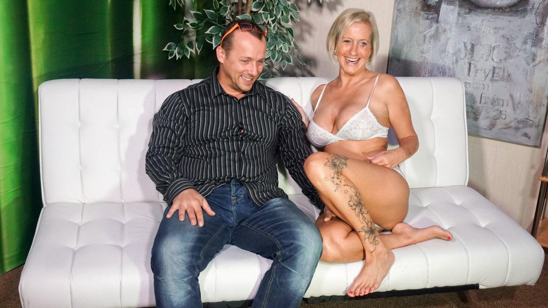 Mature sex on cam with German Amateur Couple