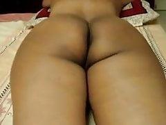 Tamilische Frau Massage-Sitzung