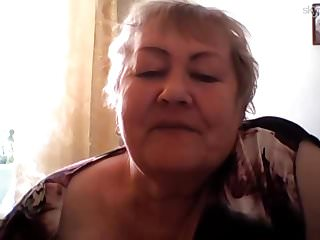 Webcams Granny Play video: Russian Granny Skype Tonge Play