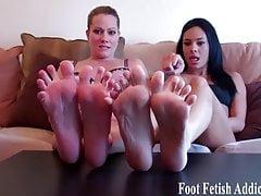 Sie werden es lieben, unsere süßen kleinen Füße anzubeten