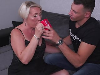 Milf Mature Granny video: Mature mother seduce young bull