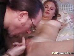 Amateur gets pussy railed