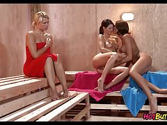 Hot Sauana Threesome