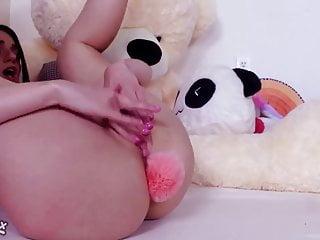Teen Brunette Big Tits video: CRAZY TEEN rubbing her clit for fans