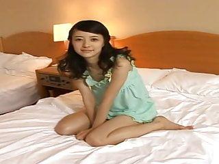 Rina Aizawa醒来