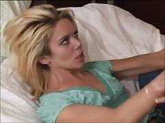 na łóżku 2