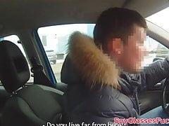 Echte Eurobabe reitet Hahn auf Spycam