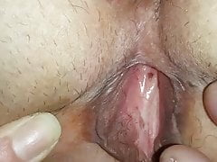 HOT 57 YR OLD COUGAR PUSSY UP CLOSE E PERSONALE !!