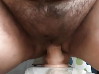 Amateur Hairy video: Hairy Chubby Rides Toy