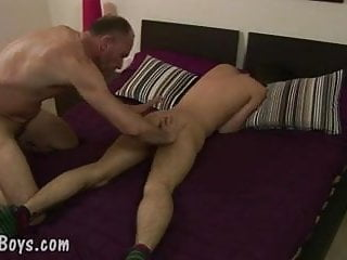 Balding gay dad slams the asshole of boy...