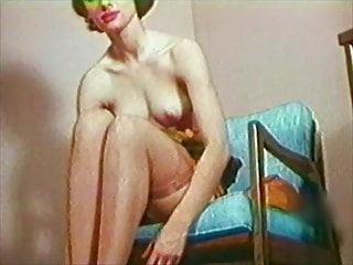 BOBBY'S GIRL - Vintage 60s stockings tease