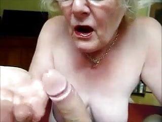 Granny making a perfect blowjob...