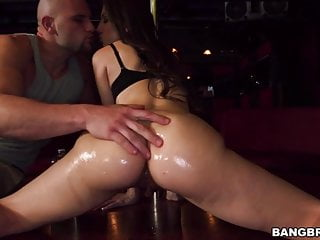 Alexis rodriguez gets fucked in strip club...