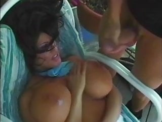 Cuming on big tits